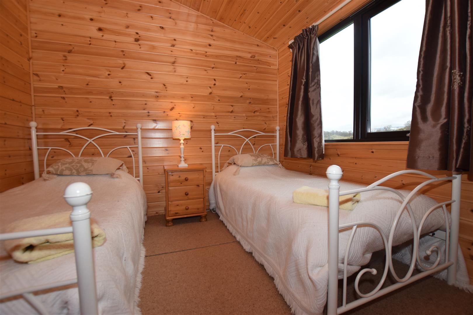 2, Whitehills Lodge, Glenisla, Perthshire, PH11 8PF, UK